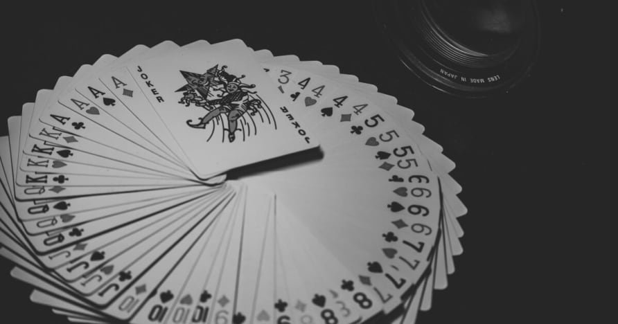 Dydis, tendencijos ir statistika Mobile lošimų rinka 2001-2023