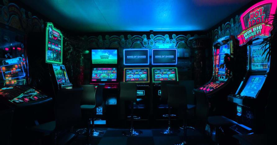 """Visiškai nauji """"Microgaming Jackpot Games 2021"""""""