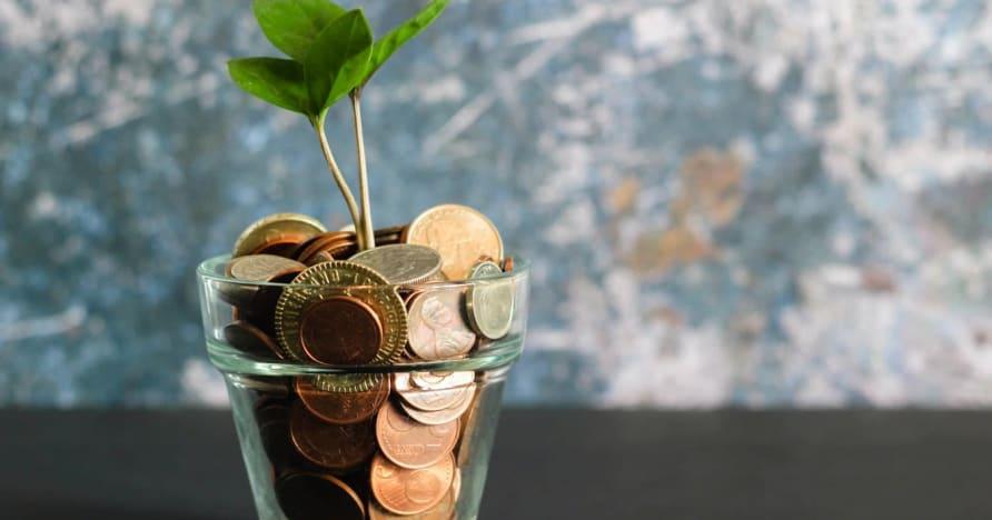 6 patikrinti pinigų taupymo patarimai, susiję su internetiniais lošimais